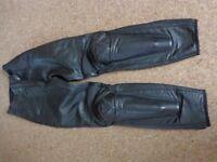 Dainese Ladies size 42 (uk 8/10) leather sport biking trousers
