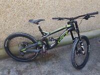GT Fury Expert DH Mountain Bike Medium Frame