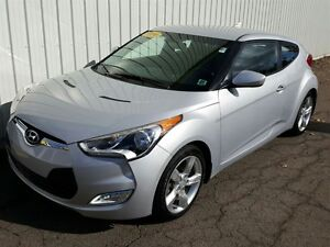 2014 Hyundai Veloster Base LOW KMs   FACTORY WARRANTY   GREAT FU