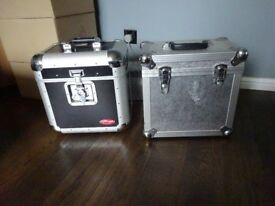 "2 x flight cases for 12"" or LPS records"