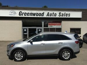 2017 Kia Sorento LX Turbo 2 L *** Located in Coldbrook 902-36...
