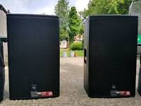 2 ELECTRO VOICE 15p plus Covers
