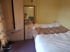 Good sized bedroom in comfortable shared house. Rent includes all bills.