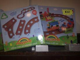Happyland train set & extension