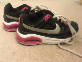 Nike Trainers childrens size 11.5