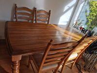 Lovely Oak dining table