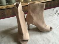 Primark ladies boots open front canvas Lycra beige size 5/38 used £3