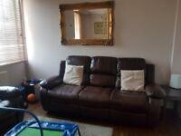 3 bedroom in N1 for 4 bedroom in Islington