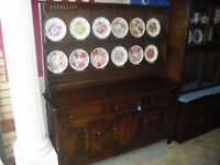 Superb Best Quality Large Oak Webber Of Croydon Plate Rack Sideboard Dresser