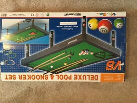 Child' s pool and snooker table Top set boxed