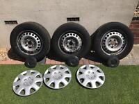 Vw transporter 3x steel wheels and tyres 265/65/r16c and centre caps