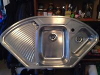 Curve shaped kitchen sink 1 and half bowl - Complete with waste, including trap and overflow