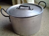 6.5L/12 pint Heavy Duty Double Handled Saucepan - Used. COLLECTION KIRKBY NOTTS