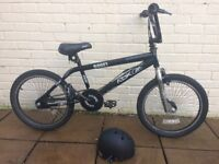 BMX Bike - Black/silver RBK Boost.