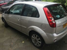 Cheap Sliver Ford Fiesta low mileage second owner