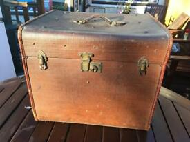 Vintage Leather Case / Luggage