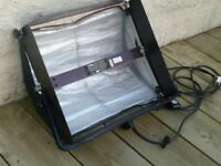 Lowel Softlight 2 Professional Studio Lights Soft Light Continuous 2 Bulb Unit With Barn Doors