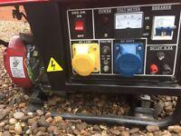 2.5kw Generator, VGC runs on unleaded 240v 110v and 12v dc