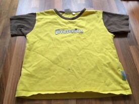 9-10yr Brownie t shirt (no label but would say 9yr, slight marks but still got wear)