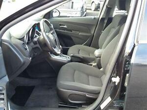 2012 Chevrolet Cruze LT-TURBO--4 DOOR SEDAN Belleville Belleville Area image 8