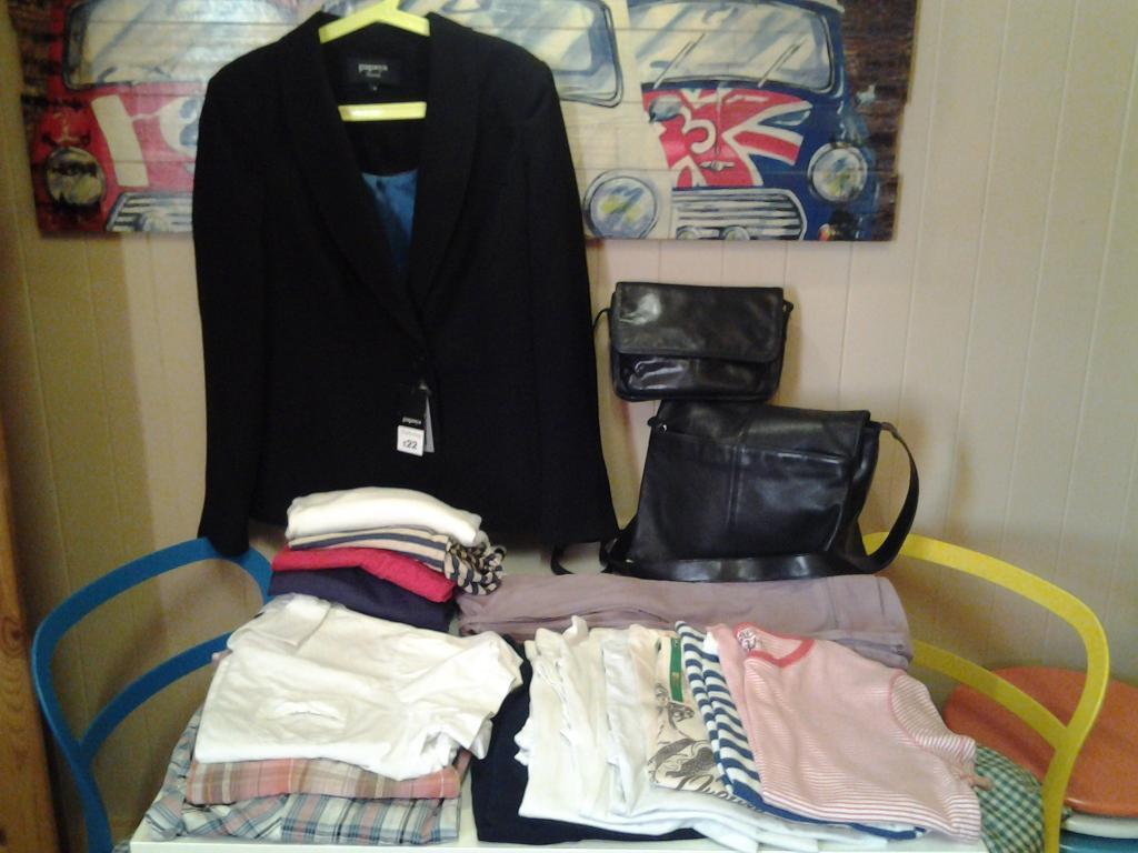 LADIES SIZE 16/1816 CLOTHING AND 2 SHOULDER BAGS8 NEW UNWORNin Hartlepool, County DurhamGumtree - £20 LOT .. BLACK JACKET (NEW) .. 2 HOODIE TOPS/JACKETS .. 4 THIN JUMPERS (ALL NEW) .. 3 BLOUSES .. 6 TSHIRTS (3 NEW) .. 2 BLACK LEATHER SHOULDER BAGS ... SEE LAST PHOTO FOR FULL DETAILED LIST..LIVE IN HARTLEPOOL