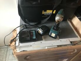 Here I have my makita lithium ion