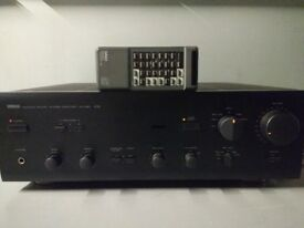 HI-FI Stereo Amplifier Yamaha AX-550 Made in Japan. Original remonte control. In very good condition