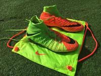 Hypervenom Phantom 3 Size 9 Football Boot (With Bag And Original Football Bag)