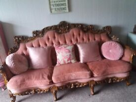 Lovely settee and two arm chairs