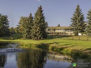 $899,000 - Acreage / Hobby Farm / Ranch in Parkland County