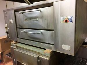 Bakers Pride D125 Stone Deck Gas Pizza Oven - FREE SHIPPING