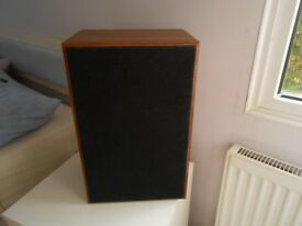 For Sale 2 x Speakers . Woofer & Tweeter in good quality wooden boxes.