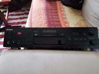 Sony Minidisk deck MDS-JB890