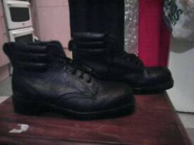 Boots steel toe caps size 8