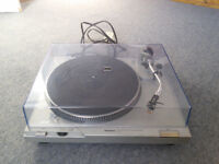 Technics SL-D2 turntable - Used condition (1980s)