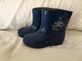 Boys Wellington boots
