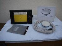 Simrad NX40 chartplotter + GPS Antenna