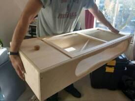 Brand new 48inch tortoise table