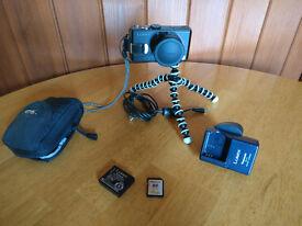 Panasonic Lumix DMC-LX2 digital camera + accessories