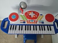 Kids piano with microphone