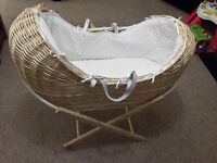 Moses Basket Baby Pod With Stand and Mattress