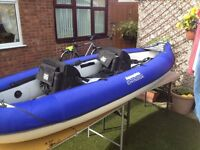 INFLATABLE CANOE AQUAGLIDE CHINOOK HARDLY USED