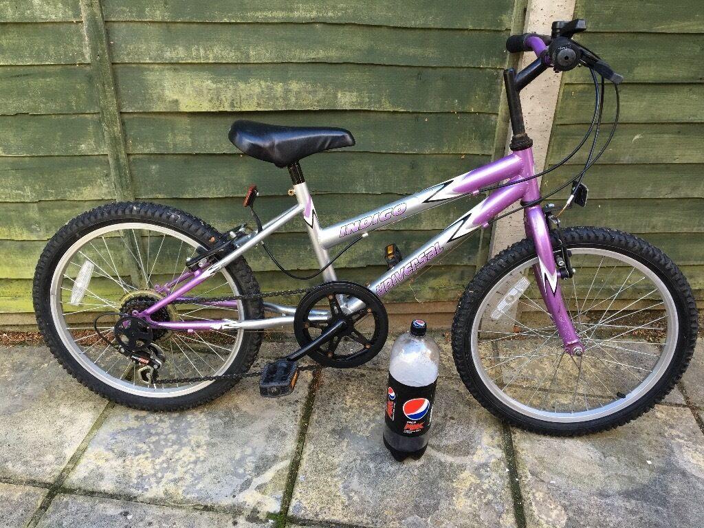 Girls Universal Indigo Mountain Bike 5 Speed In Bournemouth