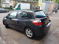 Very good condition Toyota Auris 1.4 l 2010 (60) like new low mileage car for sale