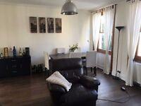 Work / Desk / Home Office Space Available £18 p/d in Kinsington