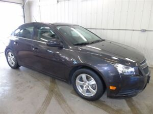 2014 Chevrolet Cruze 2LT, Leather Power Sunroof, Heated Seats