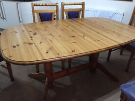 Solid pine dinning table & 6 chairs