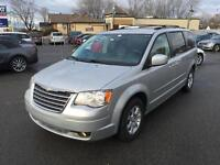 2010 Chrysler Town & Country Touring Plus  Navi