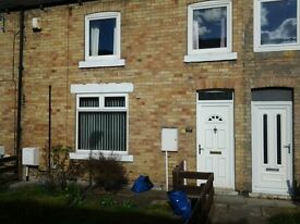 2 bed house to let, portia st ashington.