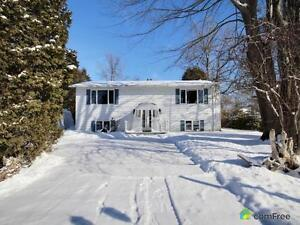 $196,000 - Bungalow for sale in Bainsville